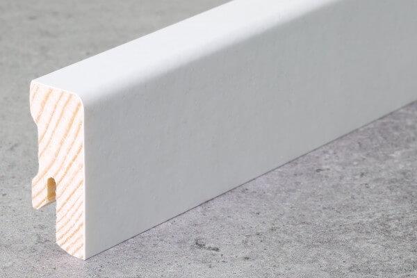 Fußleiste Cube 40 x 16 x 2,70 m · deckend weiß lackiert · Weichholzkern